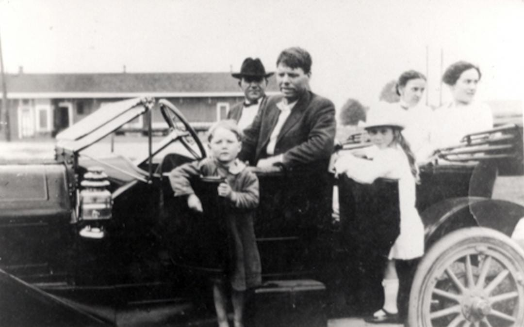 Bobby Dunbar and family in car