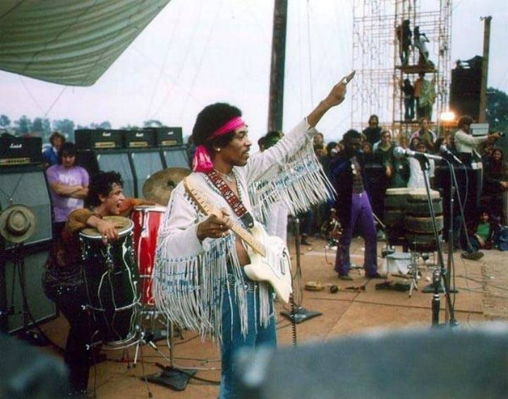 Vintage photos that capture the magic of Woodstock