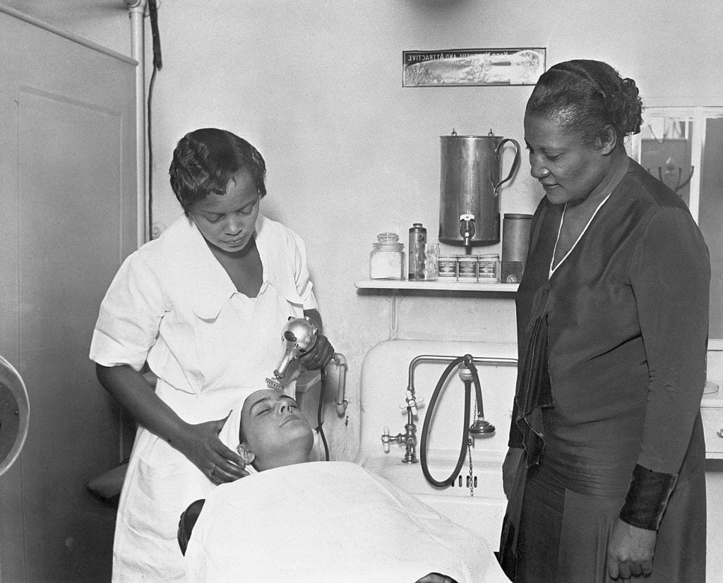 A'Lelia Walker Observing Facial Treatment