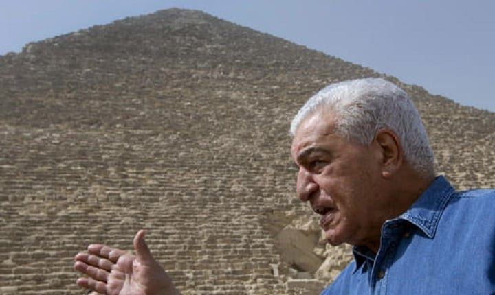 Are the Great Pyramid of Giza's electromagnetic qualities evidence of extraterrestrial life?