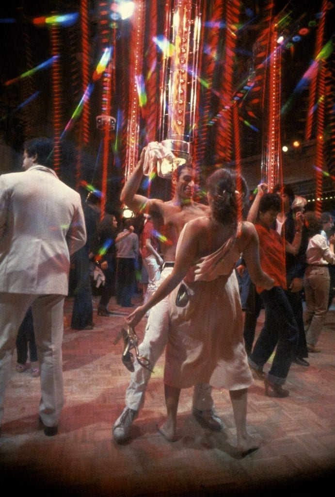 people dancing in studio 54