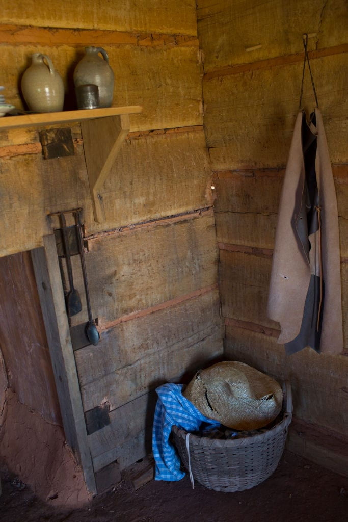 replica of a slave cabin on Monticello