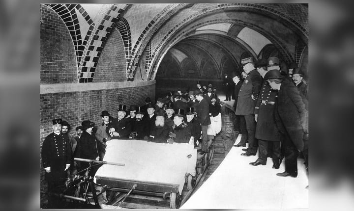 October 27, 1904: The New York City subway opens to the public