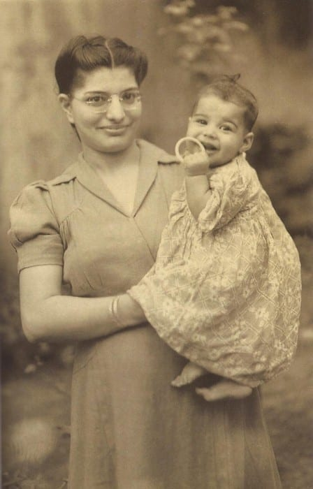 https://www.reddit.com/r/HistoryPorn/comments/7erchl/freddie_mercury_with_his_mother_1947_448x700/
