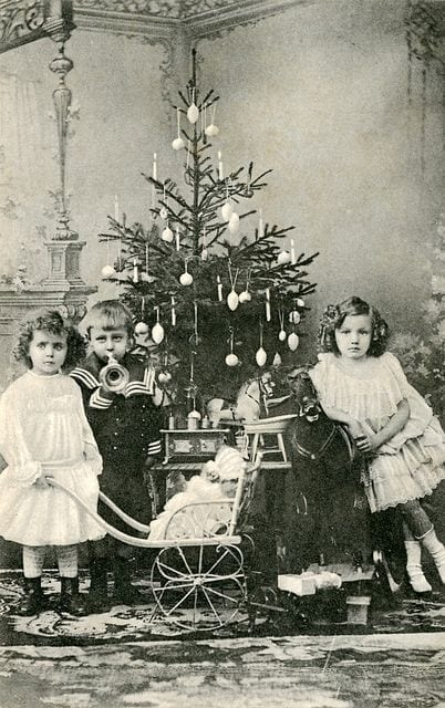 vintage christmas, old chirstmas photos, victorian children, victorian christmas