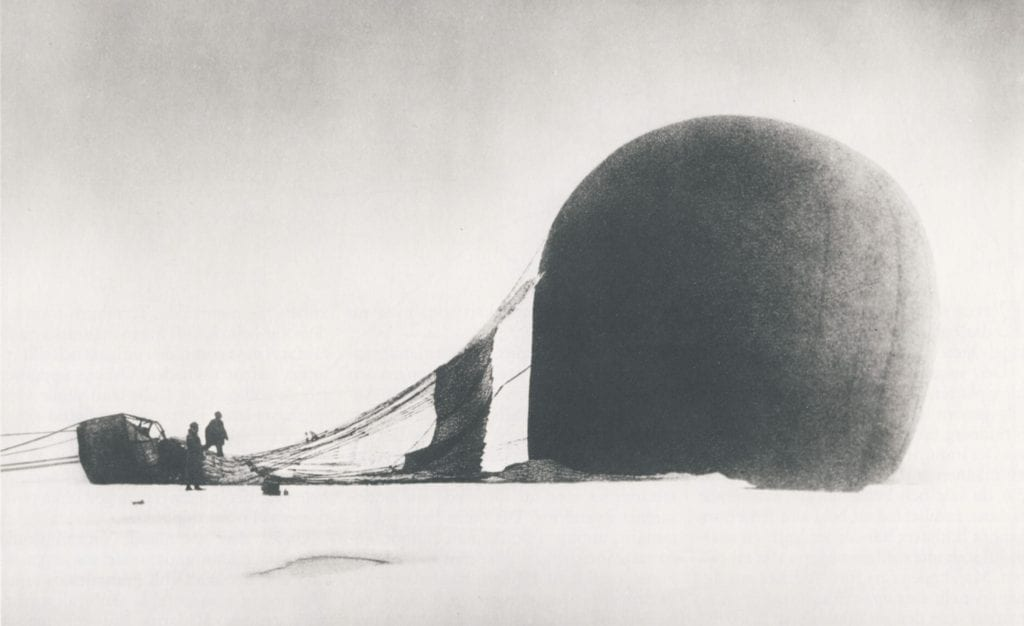 Photos found 30 years later! The doomed hot-air balloon North Pole expedition