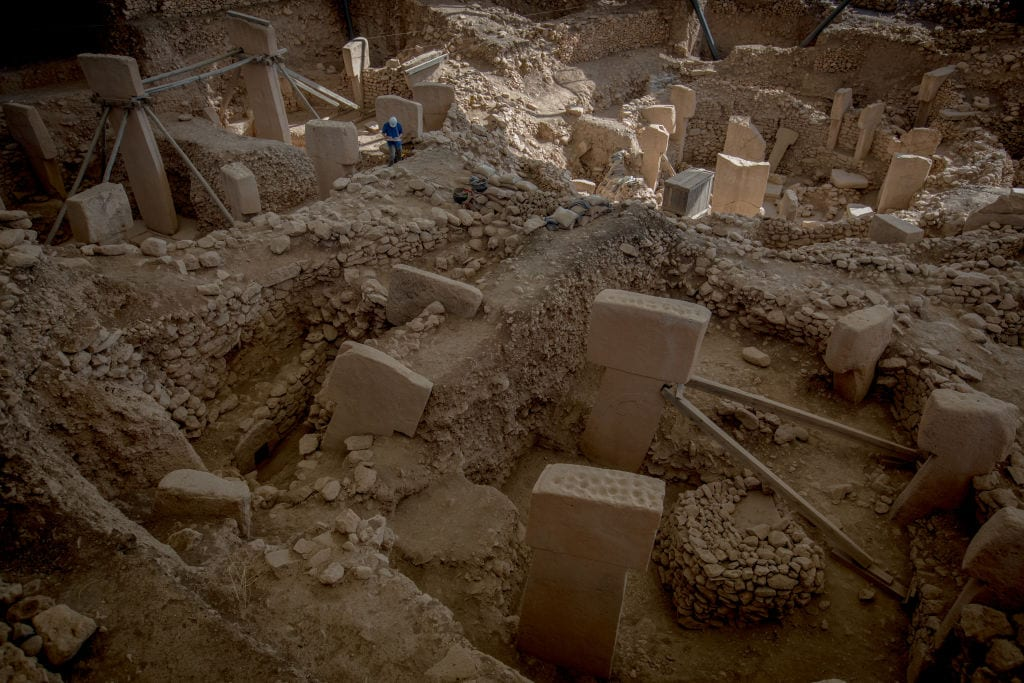 Göbekli Tepe, ancient history, mysterious structures, religion, birth of religion