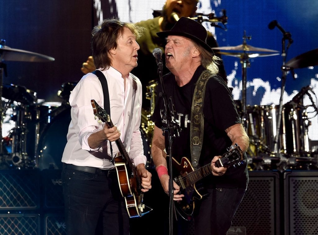 Neil-Young-greatest-guitarists