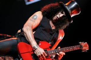 Slash-Guns-'n-Roses-Velvet-Revolver-greatest-guitarists