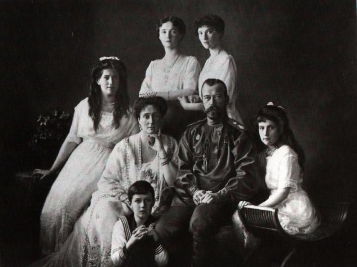 The brutal execution of the Romanov family
