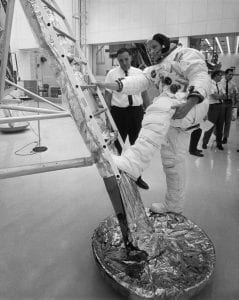 Neil-Armstrong-Apollo-11-training-first-steps-on-moon