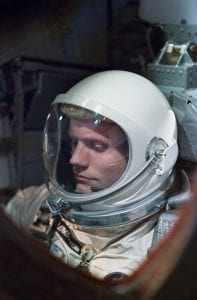 Neil-Armstrong-NASA_Gemini-8-first-man-on-the-moon