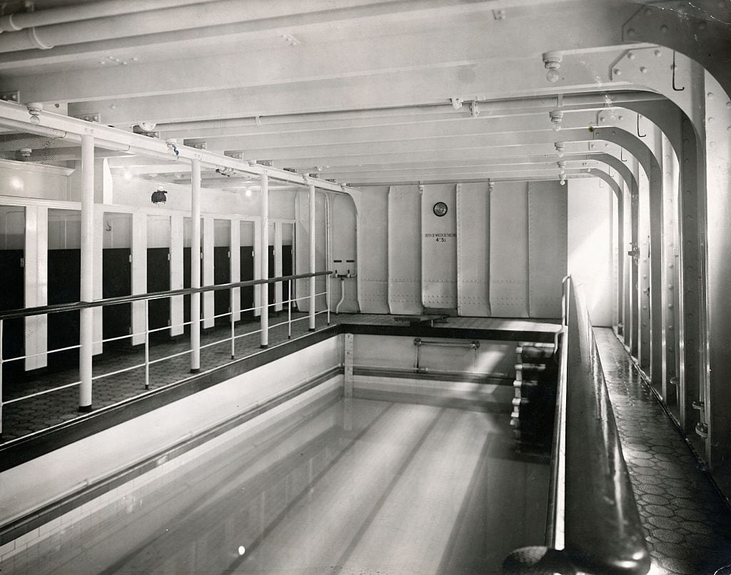 Swimming Pool, Titanic