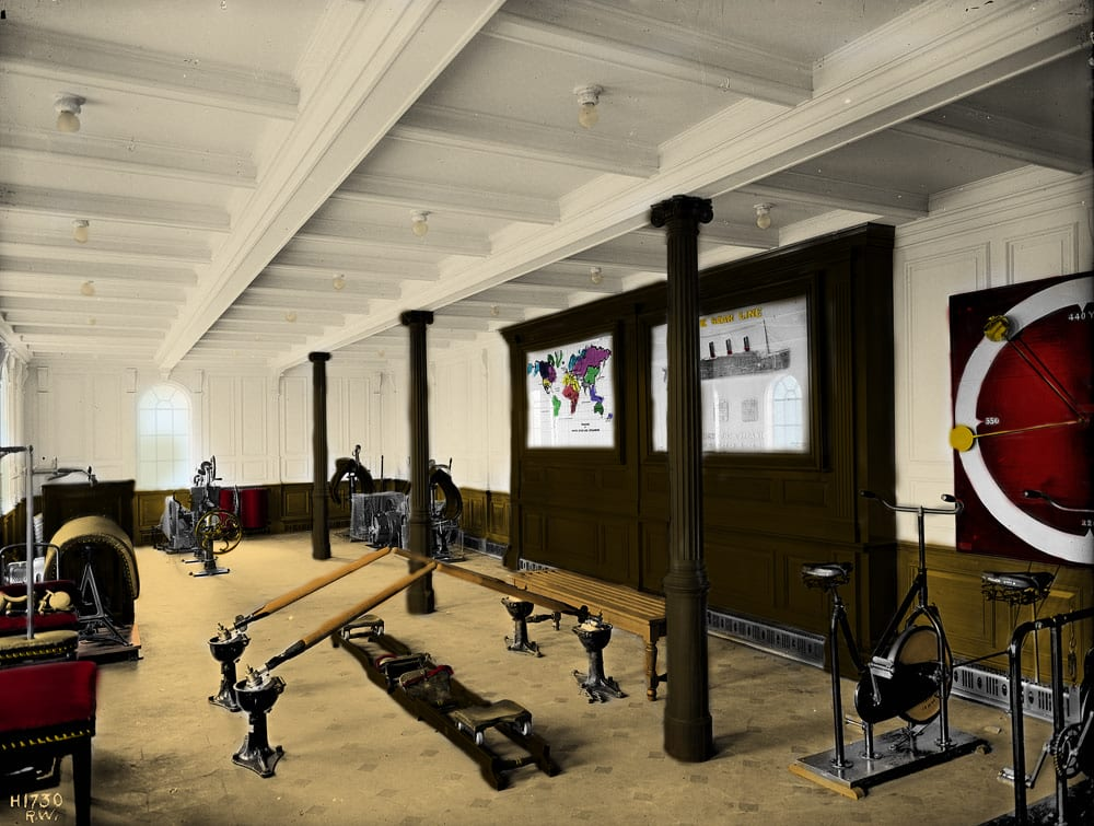 Titanic's_first_class gymnasium (colorized)