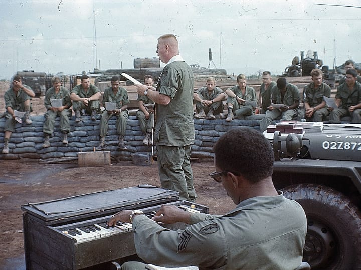 Christmas in Vietnam, 1969, cease fire