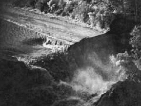 Louisiana waterfall caused by Lake Peigneur disaster