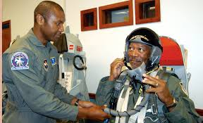 Army-celebrity-in-uniform-Morgan-Freeman
