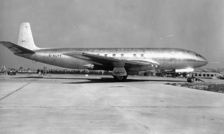 July 27, 1949: The first ever jet is flight tested