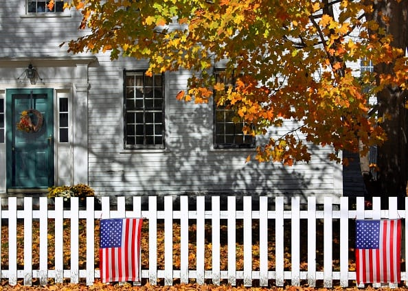 From The battlefield to the boulevard: A brief history of the white picket fence