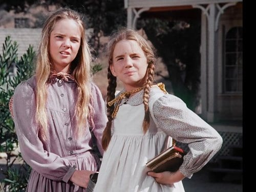 Mary Ingalls, Laura Ingalls, sisters, Little House on the Prairie