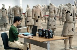Terracotta-warrior-army-Emperor-Qin-Shi-Huang-restoration-efforts