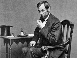 Abraham-Lincoln-predicted-his-own-death-dreams-nightmares-assassination