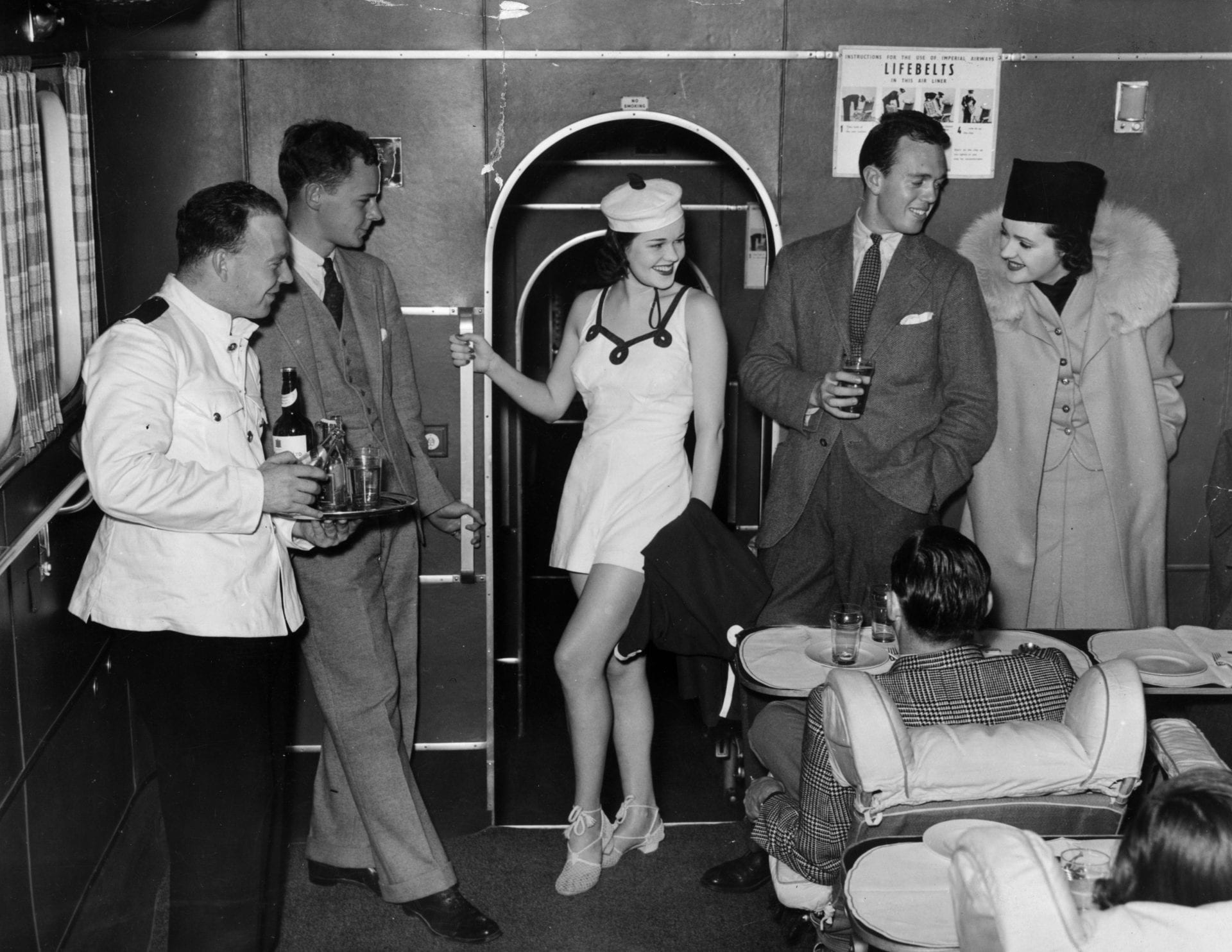 vintage-air-travel-stewardess-flight-attendant-glamorous-in-flight-sex-sells-seats-1940s