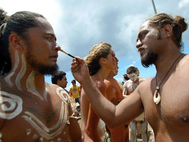 A native man, is painted as the old Polynesian Matamua warriors, during the traditional Tapati festival of the Rapanu folklore Easter Island, Chile, 03 February 2005. AFP PHOTO/ Martin BERNETTI