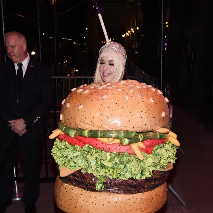 katy perry hamburger met gala 2019