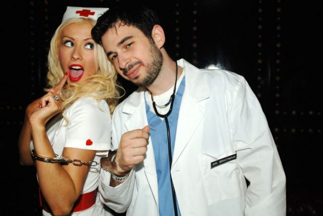 Christina-Aguilera-celebrity-famous-people-Halloween-costumes