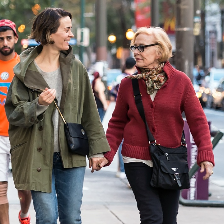 Sarah Paulson and Holland Taylor walking