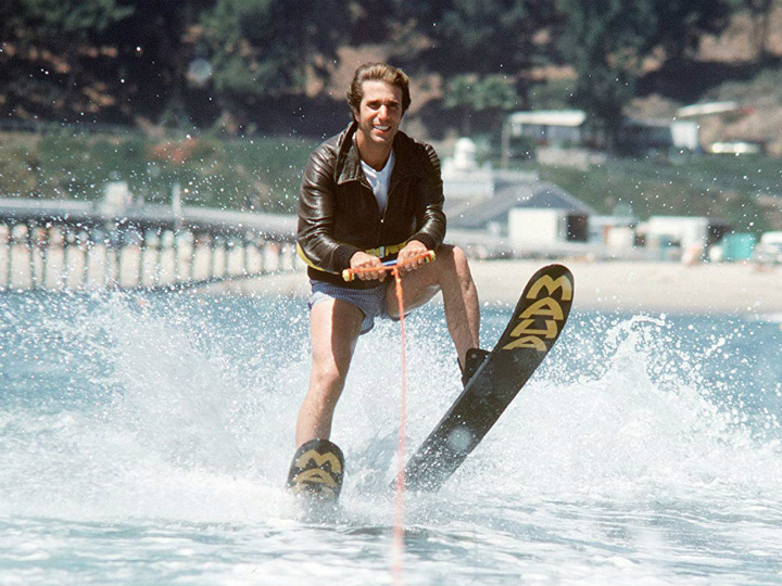 henry winkler as the fonz waterskiing