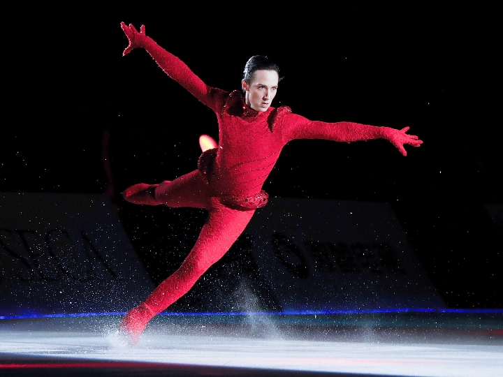 johnny weir ice skating