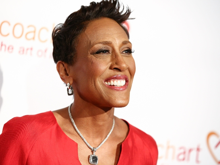 robin roberts red carpet