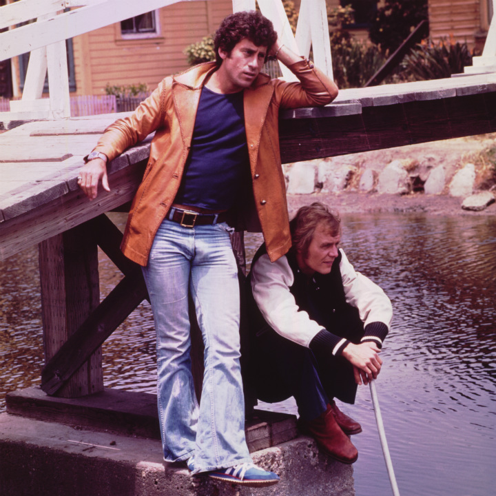 Starsky and Hutch staring out into the water