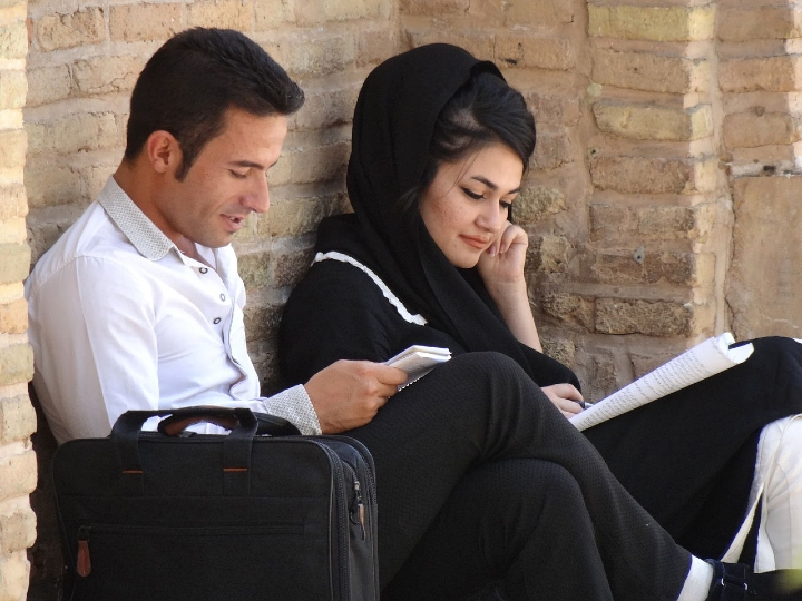 reading, couple, young couple, cozy